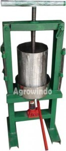 alat-pemeras-santan-hidrolis-agrowindo-131x300-mesinjakarta